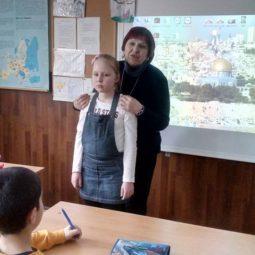 Днес децата от подготвителна група гостуваха на учениците от 4